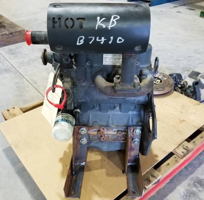 Used Engines - Kubota B7410 Used Engine
