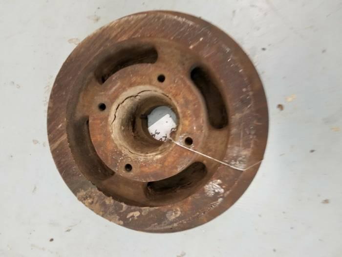 Farmland - RE15018 - John Deere CRANKSHAFT PULLEY, Used