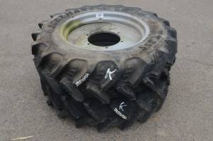 Used Tires/Wheels - Agrimax Tires/Wheels 280/85 R24 (K)