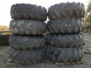 Used Tires/Wheels - Power Mark - SET OF 8 WHEELS