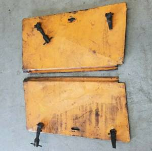 Used Parts - Used Body Parts - Farmland - D69891 - Case 480C BACKHOE PANELS, Used