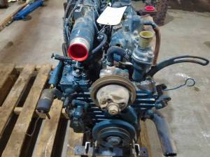 Used Engines - Kubota L3750 Used Engine - Image 2