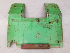 Body Parts - Farmland Tractor - AR43948 - John Deere PLATFORM, Used