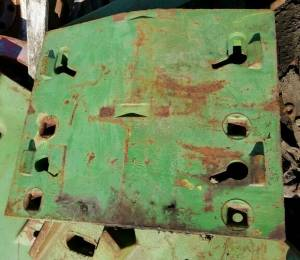 Body Parts - Farmland - R44350 - John Deere DOUBLE FRONT STACK WEIGHT, USED