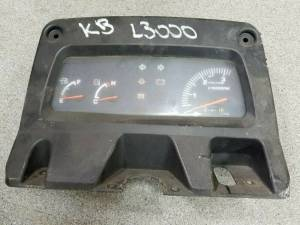 Electrical Components - Load Center - Farmland - TC020-30217 - Kubota INSTRUMENT CLUSTER PANEL, Used