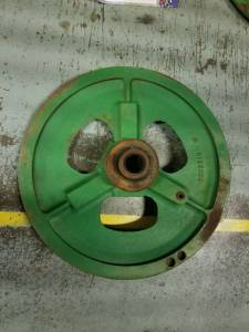 Pulleys - Combines - H132299 - John Deere COMBINE DRIVE PULLEY, Used