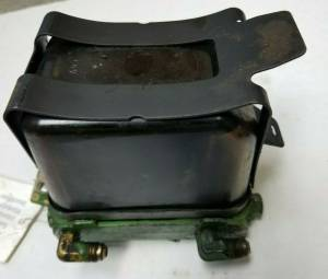 Body Parts - Farmland Tractor - AR50040 - John Deere GLASS FUEL FILTER MOUNT AND STRAP, Used