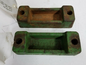 Body Parts - Farmland Tractor - L25283 - John Deere FENDER SPACERS, Used