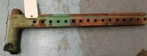 M3141T - John Deere ADJUSTABLE FRONT AXLE, Used