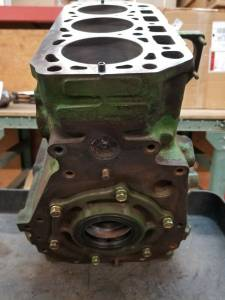 Engine Components - Cylinder Heads and Parts - Farmland Tractor - CH18026 - John Deere CYLINDER BLOCK, Used
